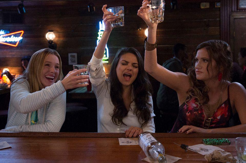 Treffen sich drei Mütter am Tresen ... (Kristen Bell, Mila Kunis, Kathryn Hahn)