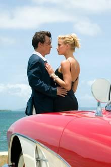 """Nur eine kurze Liaison. Depp mit seiner Filmpartnerin (""""The Rum Diary"""")Amber Heard mit der er angeblich schon vor der Bekanntgab"""