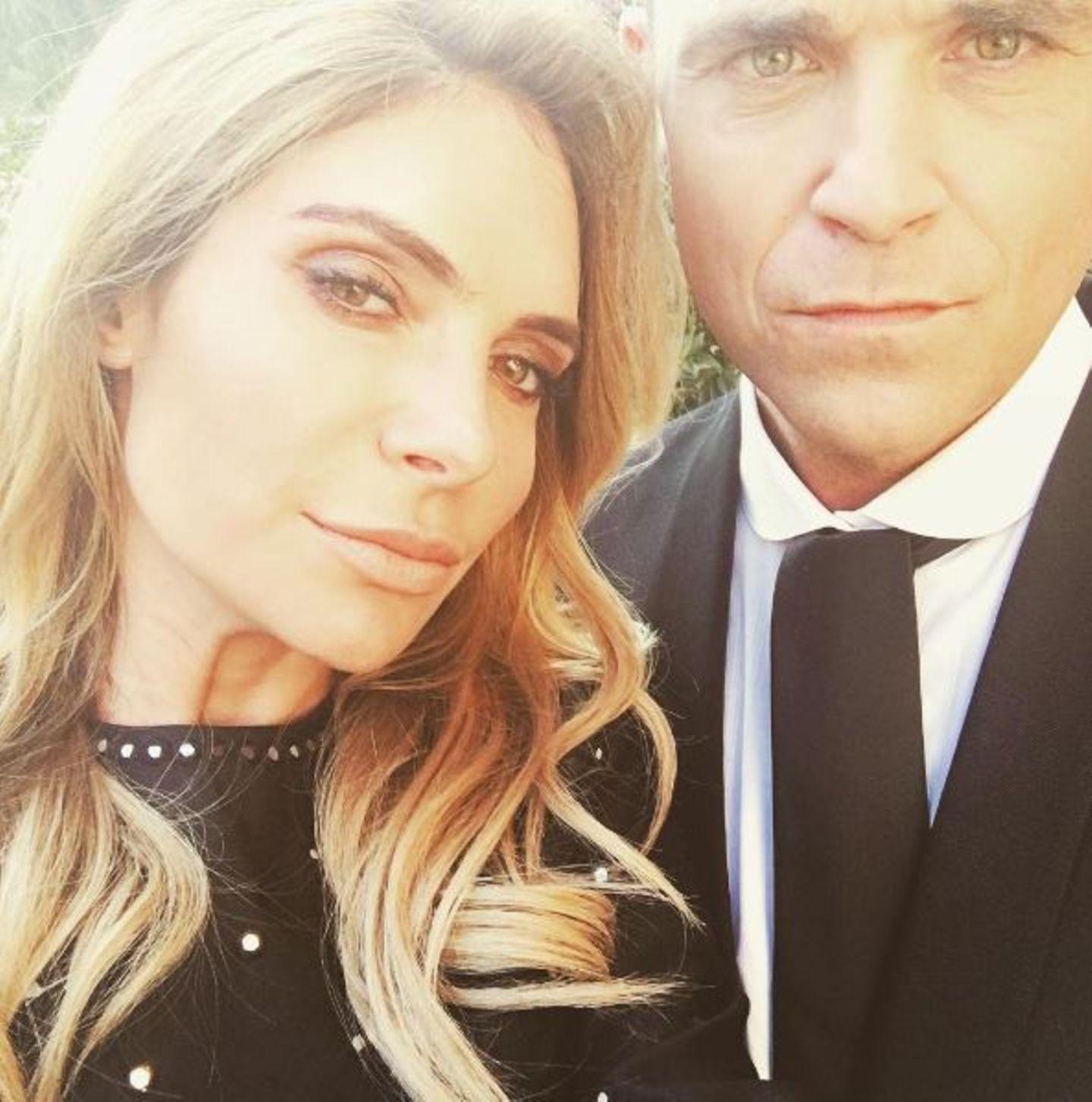 August 2016   Der Samstagabend ist für das Paar immer noch Date Night. Schick aufgebrezelt verbringen Robbie Williams und Ayda Field einen Abend ohne Kinder.
