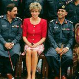 1991   Ein weiterer Staatsbesuch führt Prinzessin Diana im Februar 1991 nach Pakistan.