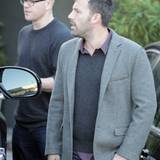24. Oktober 2012: Matt Damon und Ben Affleck verlassen gemeinsam ein Meeting in Los Angeles.