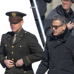 "25. März 2013: Matt Damon und George Clooney drehen am Palais am Festungsgraben in Berlin ""The Monuments Men""."