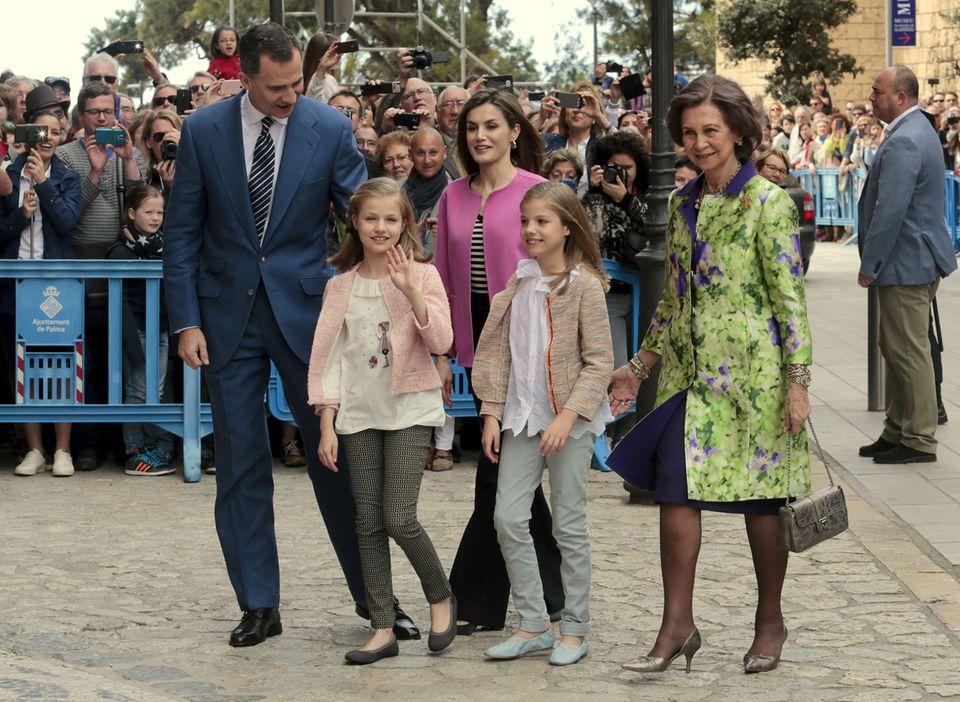 27. März 2016  Messe am Ostersonntag: Traditionell besucht die spanische Königsfamilie die Kathedrale auf Palma de Mallorca zu Ostern. Nur König Juan Carlos fehlt.