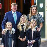 """9. November 2014  Zur Taufe von Prinz Floris' Sohn Willem Jan findet sich die ganze Familie am """"Palace Het Loo"""" in Apeldoorn ein."""