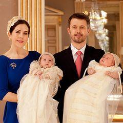 Dieses ist eines der offiziellen Taufbilder von Prinz Vincent und Prinzessin Josephine. Aufgenommen wurde das Motiv im Rittersaa