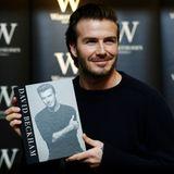 """19. Dezember 2013: David Beckham stellt sein Buch """"David Beckham"""" in London vor."""