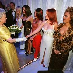 1999 (?): Königin Elisabeth II. und die Spice Girls