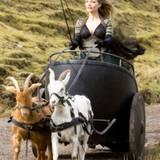 Michelle Pfeiffer lässt sich von Ziegen ziehen
