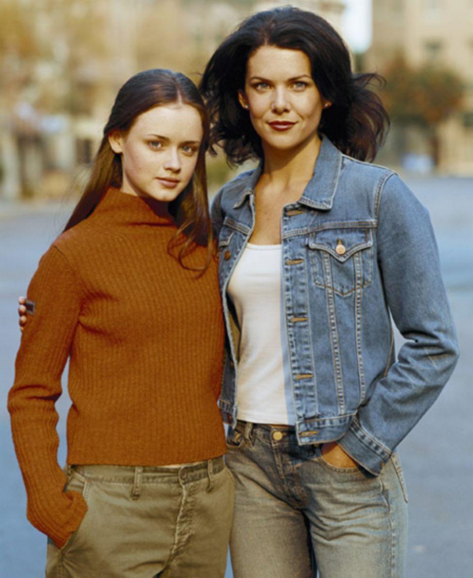 """Ein Herz und eine Seele! Lorelai und Rory sind beste Freundinnen und nur manchmal zieht Lorelai die """"Mutter-Trumpfkarte"""""""