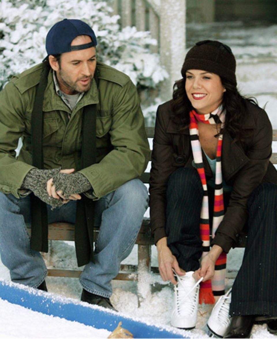 Lorelai liebt die kalte Jahreszeit und hat zu Schnee eine ganz besondere Beziehung. Sie ist ganz aufgeregt, denn Luke hat ihr ei