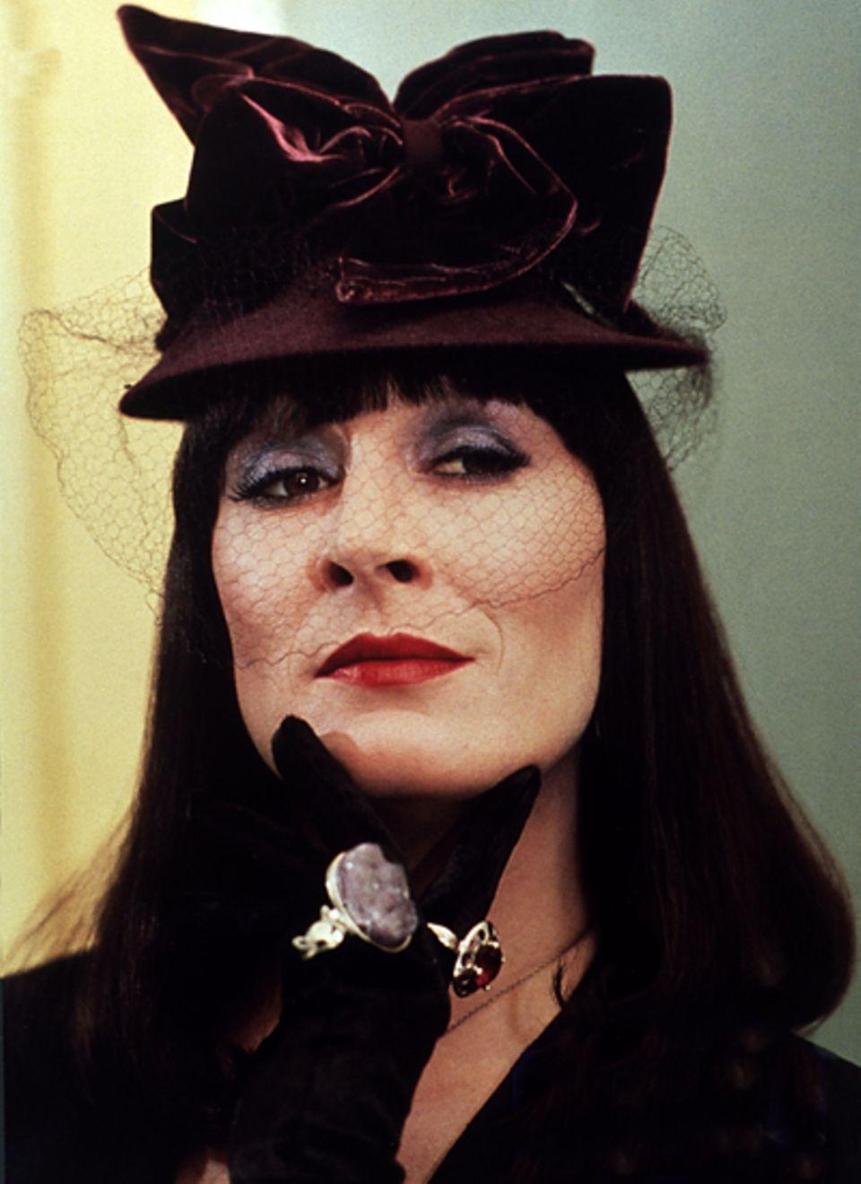 """Anjelica Huston in """"Hexen hexen""""; 1990"""