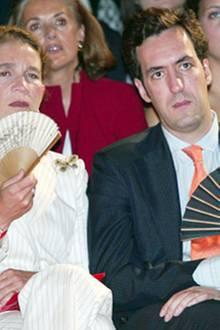 09. Juli 2002: Bei der Haute Couture Vorstellung von Christian Lacroix