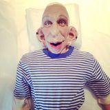 """Im Barbican Center in London zeigt die Ausstellung """"The Fashion World of Jean Paul Gaultier From the Sidewalk to the Catwalk"""" neben der Fashion auch diese Büste des französischen Modeschöpfers."""