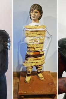 """Die britische Bäckerin Lara Clarke gewinnt die Goldmedaille beim nationalen Backwettbewerb mit zwei lebensgroßen Torten von Jennifer Lawrence als """"Katniss Everdeen"""" aus """"The Hunger Games"""" und Peter Dinklage als """"Tyrion Lannister"""" aus """"Game of Thrones"""". Für die Herstellung der Kuchen benötigte sie unter anderem 150 Eier und 10 kg Mehl."""