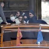 Eine Seefahrt, die ist lustig, denken sich auch der Jolie-Pitt-Clan.