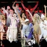 Die Tänzer tragen ihren Teil zum guten Gelingen der Show bei