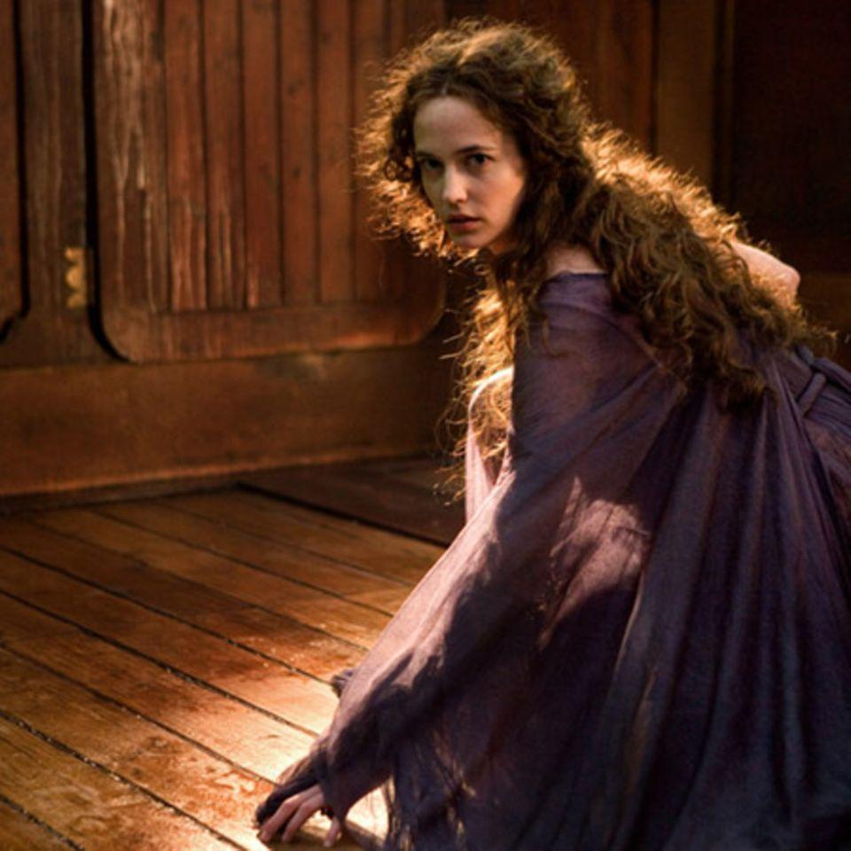 Eva Green spielt die Hexenkönigin Serafina Pekkala