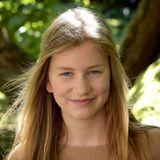 Zum 15. Geburtstag veröffentlicht der belgische Hof ein neues Foto von Prinzessin Elisabeth. Als Älteste der neuen Thronfolgerinnen-Generation zeigt sich König Philippes Tochter inzwischen recht regelmäßig in der Öffentlichkeit.