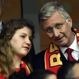 1. Juli 2016  Enttäuscht müssen Prinzessin Elisabeth und König Philippe die Niederlage der belgischen Nationalmannschaft hinnehmen. Belgien unterliegt im Viertelfinale der EM Wales mit 1:3.