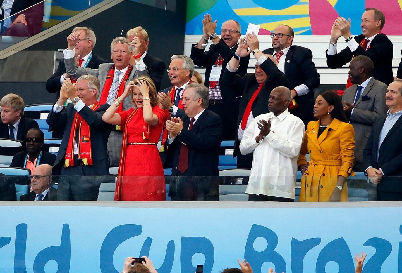 22. Juni 2014: König Philippe und Königin Mathilde sind nach Brasilien gereist und jubeln im Maracanar-Stadion mit der belgischen Fußball-Nationalmannschaft.