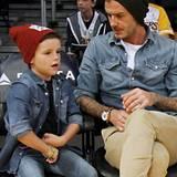 Dass Mützen nicht nur zum Wärmen gut sind, sondern auch ein lässiges Accessoire weiß nicht nur David Beckham, sondern auch schon