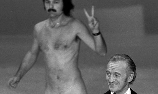 1974: David Niven, Richard Opel