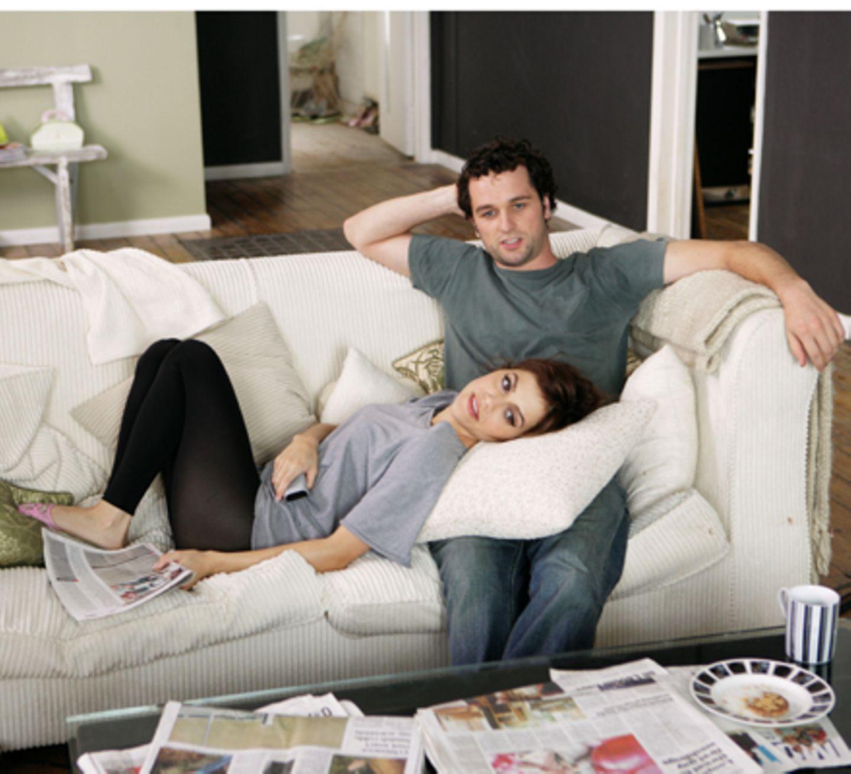 Mitbewohner und beste Freunde: Jacks (Brittany Murphy) und Peter (Matthew Rhys)