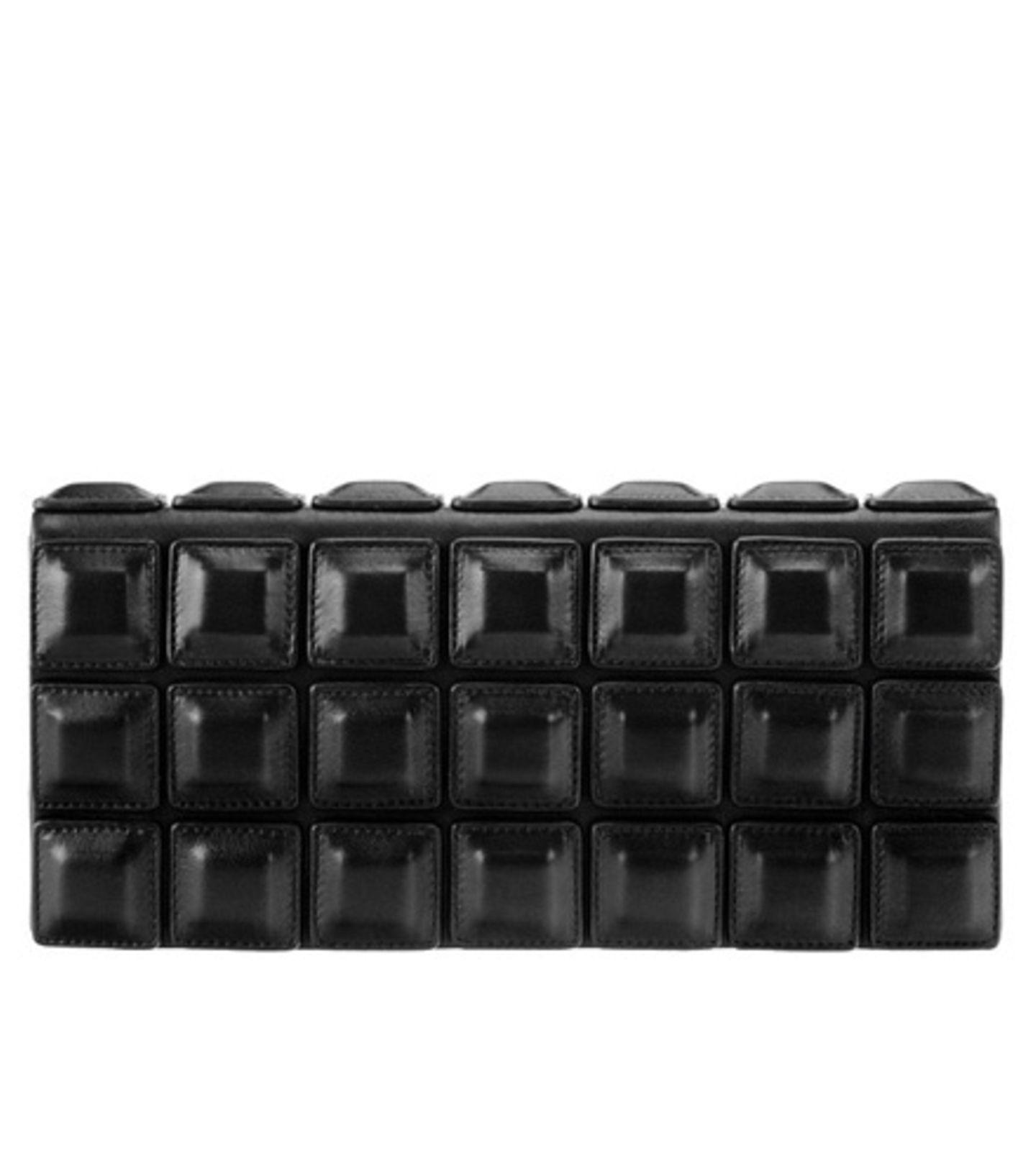 Accessoires in Schwarz & Weiß - Boss Black, ca. 330 Euro
