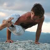 Weichei-Sport war gestern. Immer mehr Männer besuchen regelmäßig das Yoga-Studio