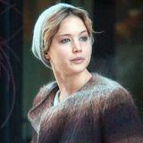 Jennifer Lawrence derzeitiges Lieblingsstück ist dieser kragenlose Mantel aus aufgerauter Wolle.