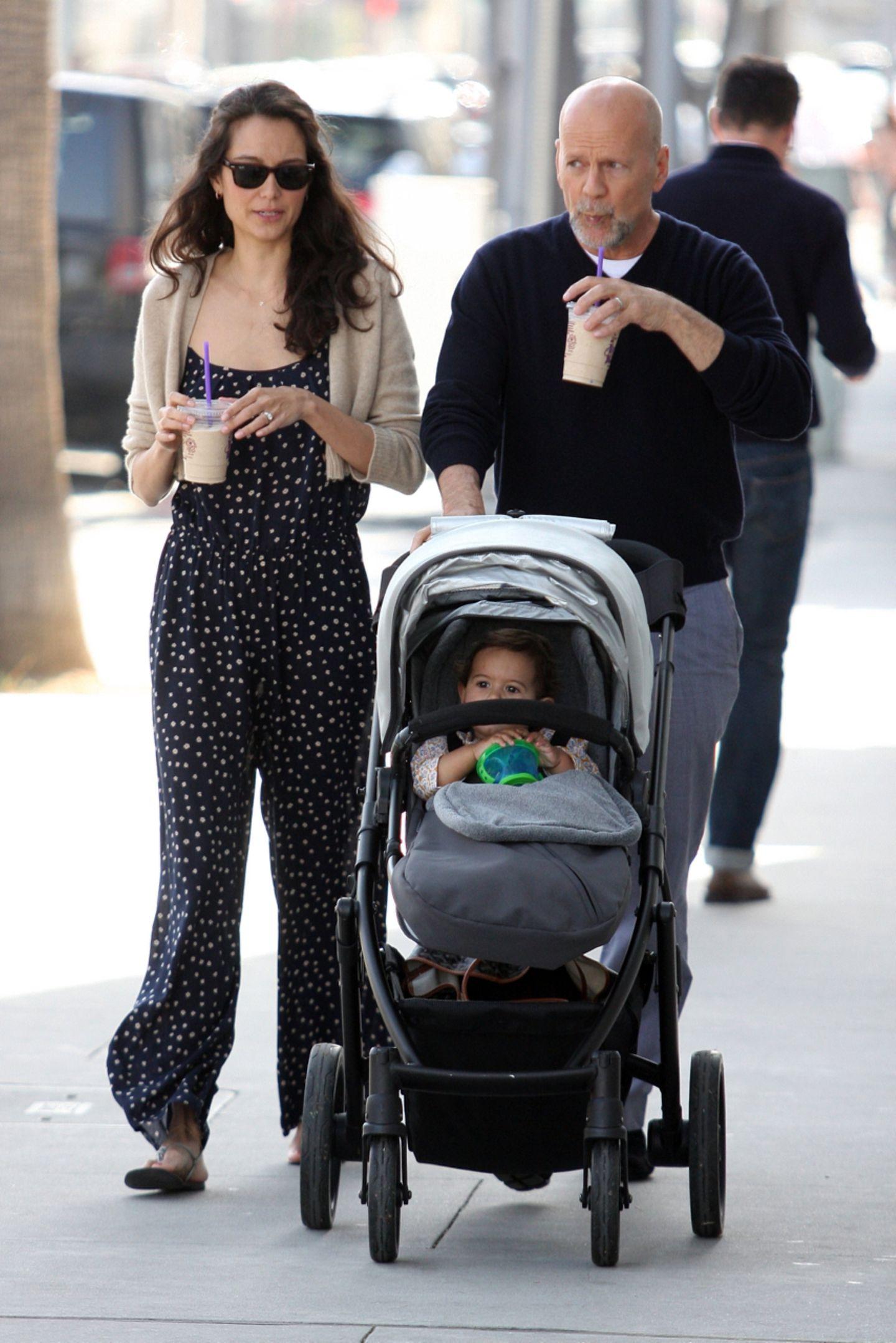 23. März 2013: Emma Heming und Bruce Willis sind mit Töchterchen Mabel Ray in Beverly Hills unterwegs.