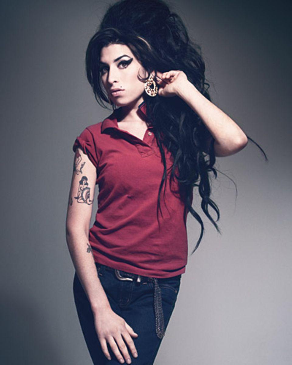 Bryan Adams hat nicht nur Talent als Musiker, sondern weiß auch wie man Stars wie Amy Winehouse gekonnt auf die Fotoleinwand ban