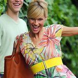 Michelle Hunziker dreht vor lauter Freude in ihrem Blumenkleid eine Extra-Runde für die Paparazzi.