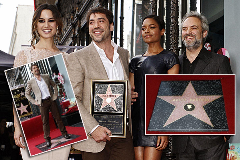 8. November 2012: Javier Bardem wird mit einem Stern auf dem Walk of Fame geehrt. Unter den Gratulanten sind die Bond-Girls Béré