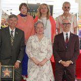 20. September 2016: Kathy Bates wird auf der Hollywood Walk of Fame geehrt. Dei 68 Jährige bekommt den 2589. Stern und zur Feier wird sie von Schauspielkollegen Leron Gubler, Shirley MacLaine, Dr. Fariba Kalantari, Billy Bob Thornton und Mitch O'Farrell begleitet.