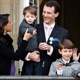 15. Januar 2012: Zum 40-jährigen Thronjubiläum von Königin Margrethe zeigt sich die dänische Königsfamilie auf dem Rathausbalkon