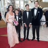 Prinz Joachim hat seine Frau Marie und seine beiden Söhne Nikolai und Felix mitgebracht.