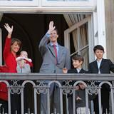16. April 2012: Am 72. Geburtstag von Königin Margrethe zeigt sich ihr jüngster Sohn Prinz Joachim mit Prinzessin Marie und den