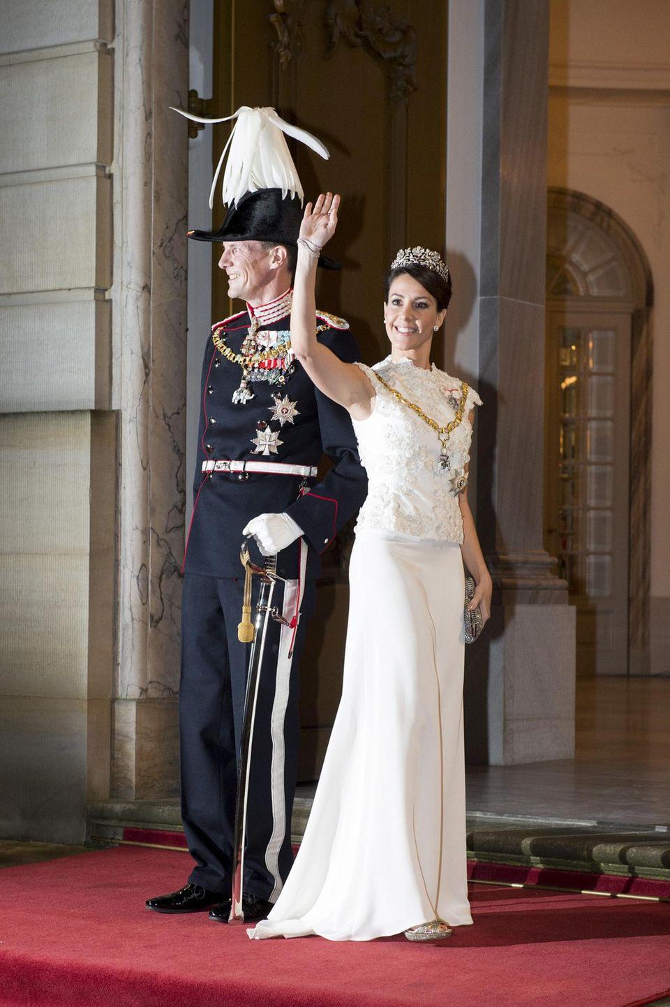 1. Januar 2016  Prinz Joachim und Prinzessin marie erscheinen zu dem traditionellen Neujahrsempfang auf Schloss Amalienborg in Kopenhagen.