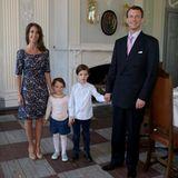 5. Mai 2016  Prinzessin Marie und Prinz Joachim werden von ihren beiden Kleinen, Prinzessin Athena und Prinz Henrik, beim Enthüllen zweier Selbstportäts auf Schloss Schackenborg begleitet.
