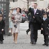 Prinz Joachim und Taufpatin Prinzessin Marie sind mit ihren Kindern Prinz Felix, Prinz Nikolai und dem kleinen Prinz Henrik auf
