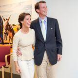 """7. Mai 2014  Gemeinsam zum offiziellen Termin: Prinzessin Marie und Prinz Joachim strahlen bei der Übergabe des """"CARE Danmark Pris 2014"""" in Kopenhagen."""