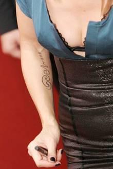 Heidi Klum mit ihrem aufgemalten Seal-Tattoo