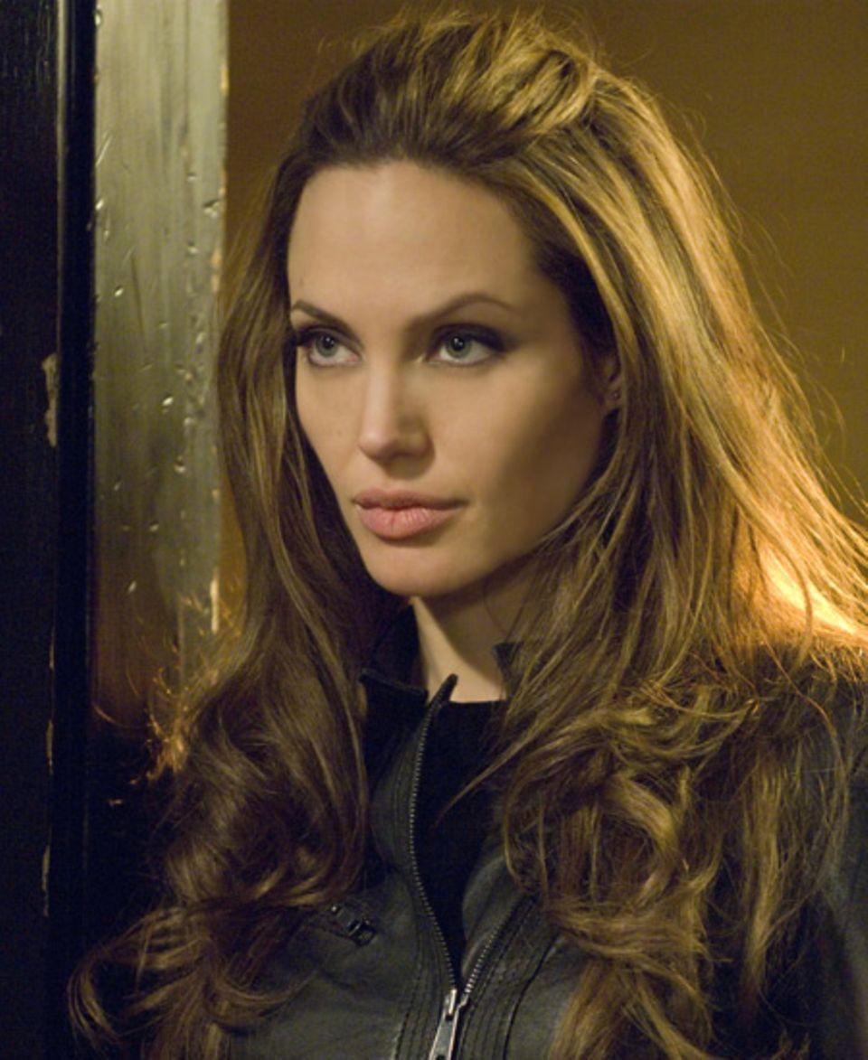 """September 2008: Angelina in ihrem neuesten Film """"Wanted"""""""