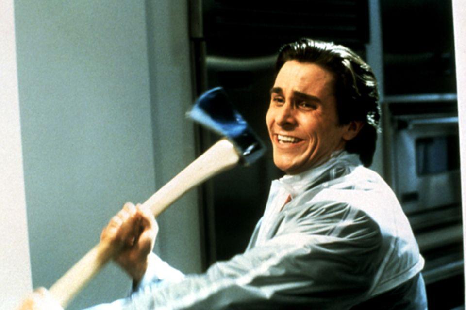 """Christian Bale schreit nicht nur selbst, sondern bringt in """"American Psycho"""" auch viele Frauen zum Schreien."""