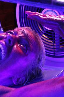 """In """"Final Destination 3"""" kommt Crystal Lowe kaum noch aus dem Schreien raus."""