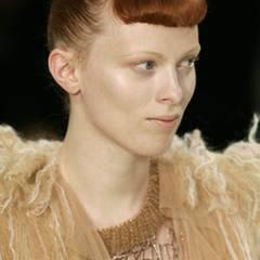 Topmodel Karen Elson liebt die Mode der beiden Schwestern