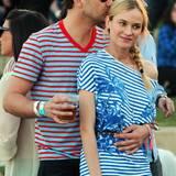 Gemeinsam streifen Joshua Jackson und Diane Kruger über das Coachella-Festival.