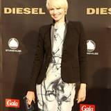 TV-Moderatorin Susann Atwell (in Diesel Black Gold) machte wie viele VIPs eine Wattwanderung