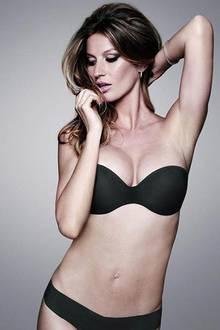 Mai 2010: Kurz nach der Geburt steht das Supermodel schon wieder vor der Kamera.